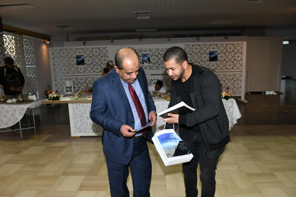 امحيمدات يفتتح معرضه بمسرح محمد الخامس 3