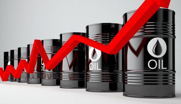 النفط يقفز إلى مستويات تتجاوز 71 دولارا